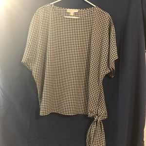 Michael Kors black and white blouse Size M